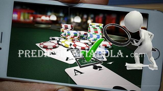 Keuntungan Bermain Poker Pulsa Dari Pada Online