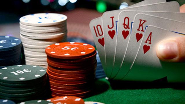 Ada 10 jenis Poker Yang Perlu Anda Coba